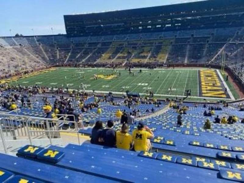 Seating view for Michigan Stadium Section 20 Row 81 Seat 24/25
