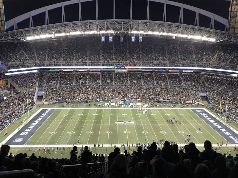 Seating view for CenturyLink Field Section 335 Row HH Seat 27