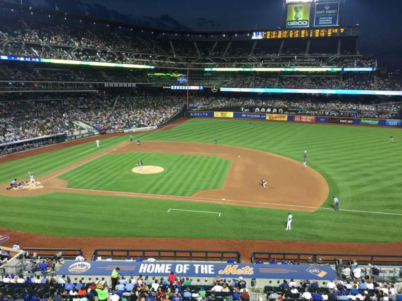 Seating view for Citi Field Section 311 Row 1 Seat 13
