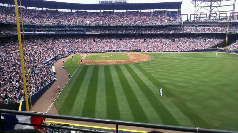 Seating view for Turner Field Section 333 Row 2 Seat 11