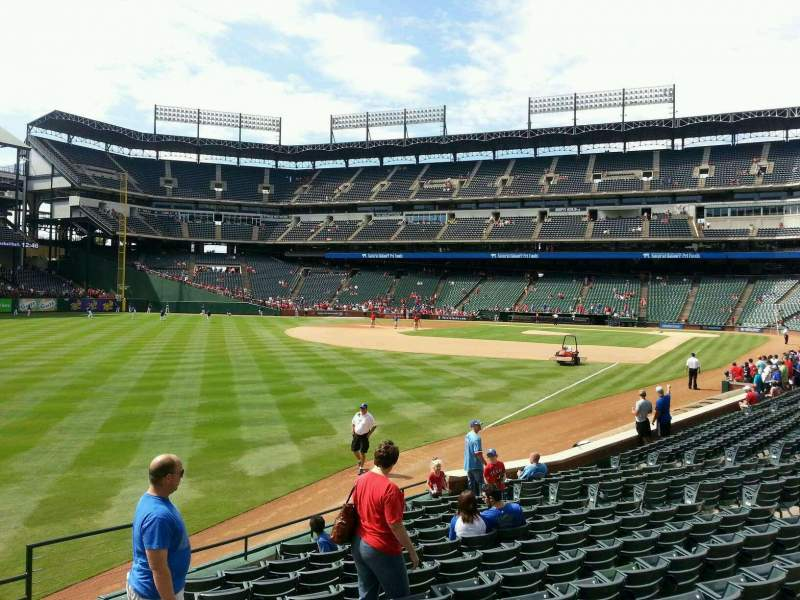 Seating view for Globe Life Park in Arlington Section 11 Row 14 Seat 17
