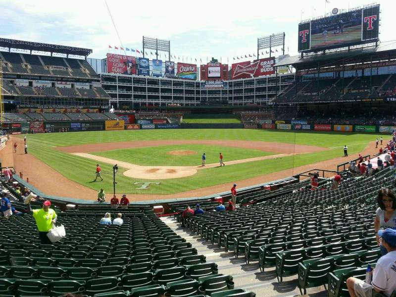 Seating view for Globe Life Park in Arlington Section 27 Row 23 Seat 9