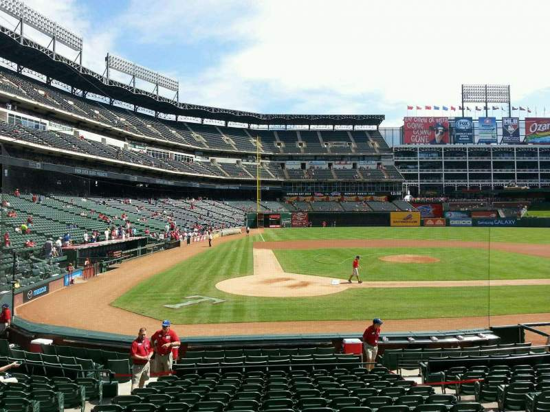Seating view for Globe Life Park in Arlington Section 30 Row 14 Seat 7