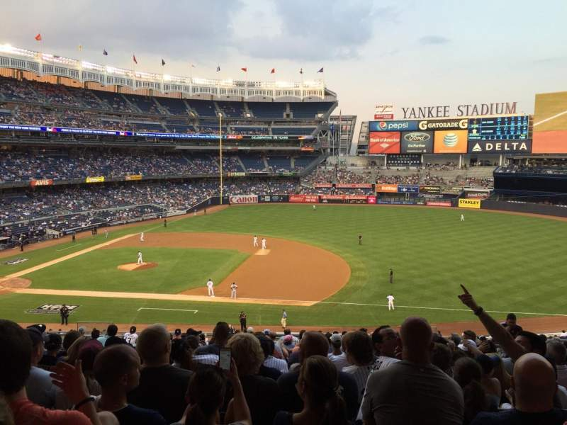 Seating view for Yankee Stadium Section 214b Row 19 Seat 6
