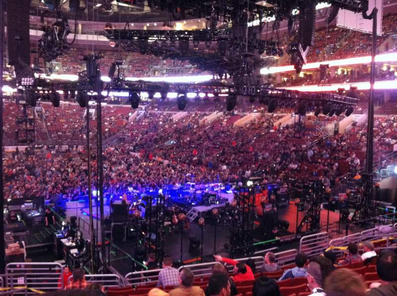 Seating view for Wells Fargo Center Section 118 Row 21 Seat 2
