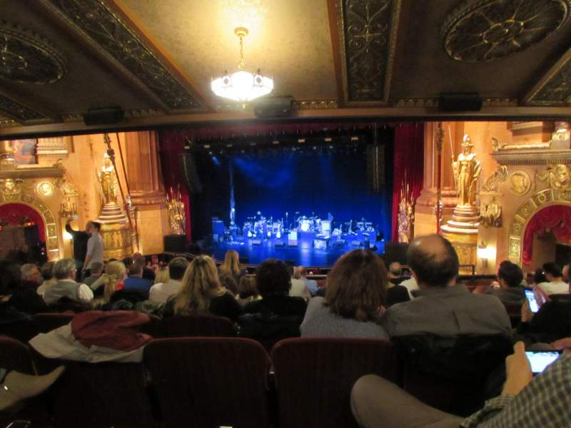 Seating view for Beacon Theatre Section Loge 2 Row H Seat 24