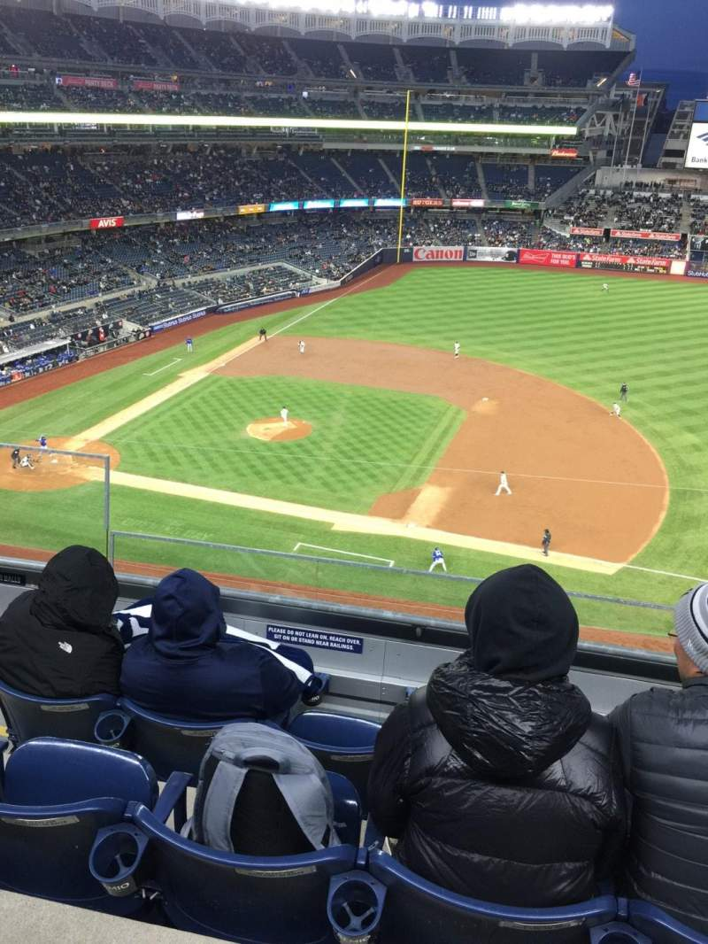 Seating view for Yankee Stadium Section 314 Row 4 Seat 22