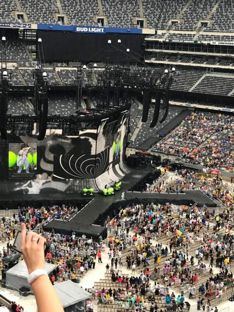 MetLife Stadium, section: 334, row: 5, seat: 13