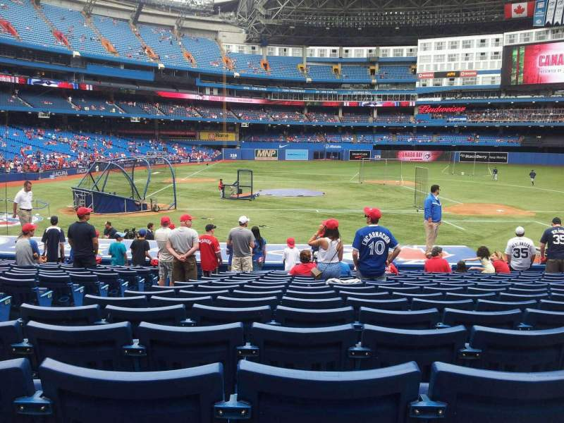 Seating view for Rogers Centre Section 118R Row 22 Seat 4