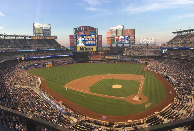 Seating view for Citi Field Section 418 Row 1 Seat 8