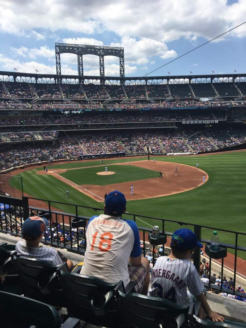 Seating view for Citi Field Section 306 Row 3 Seat 5