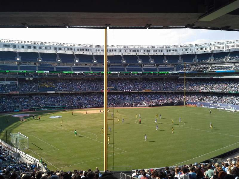Seating view for Yankee Stadium Section 208 Row 20 Seat 1