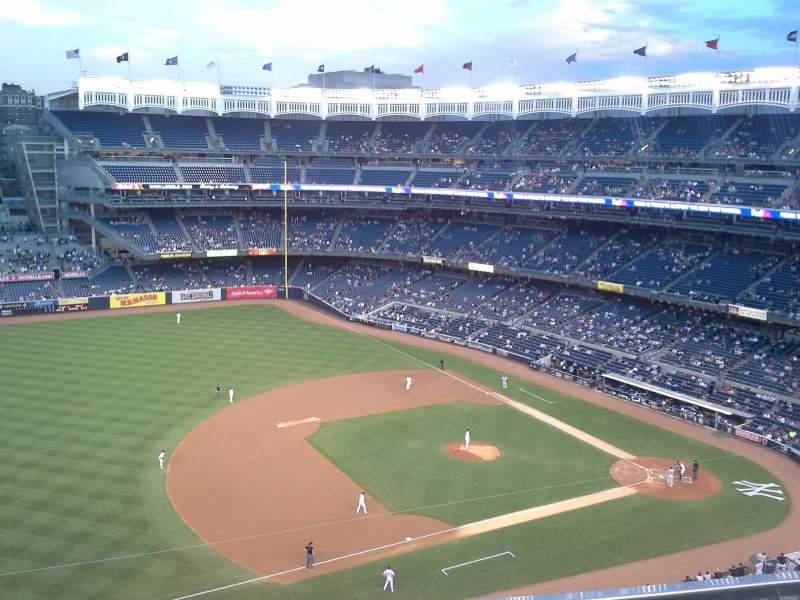 Seating view for Yankee Stadium Section 427 Row 1 Seat 2