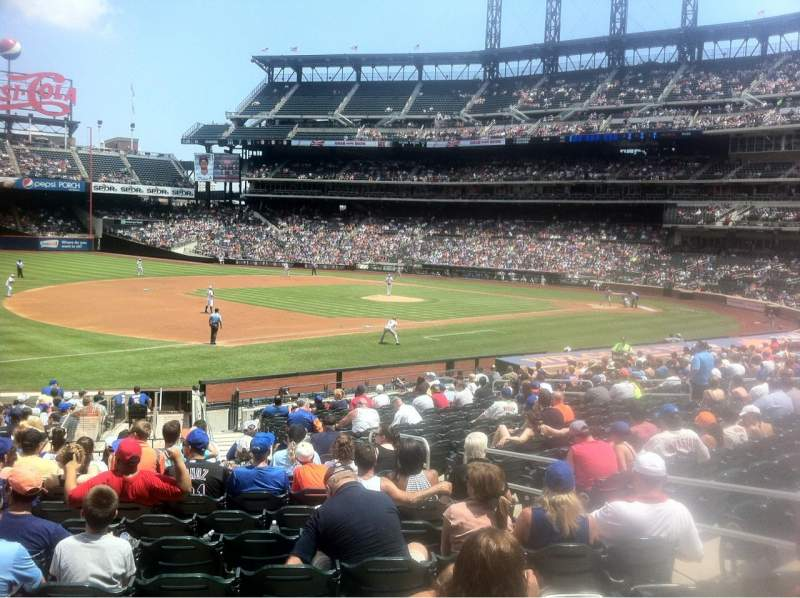 Seating view for Citi Field Section 125 Row 23 Seat 8