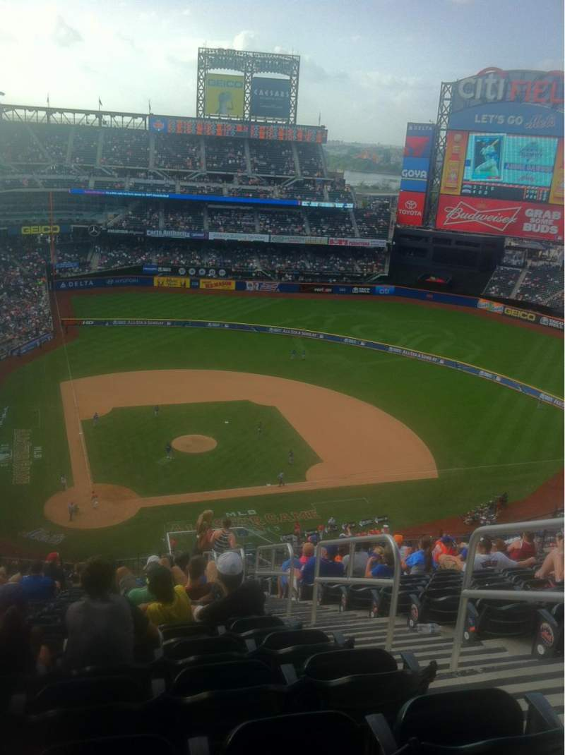 Seating view for Citi Field Section 510 Row 17 Seat 21