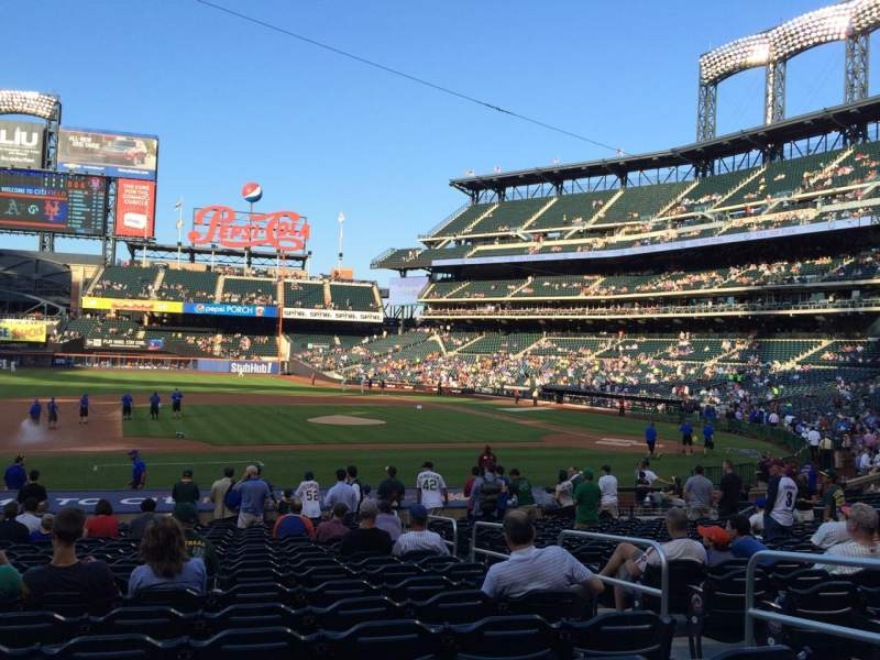 Seating view for Citi Field Section 122 Row 18 Seat 4