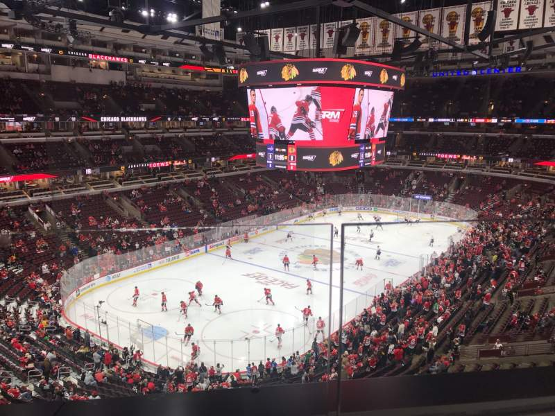 Seating view for United Center Section 305 Row 1 Seat 18