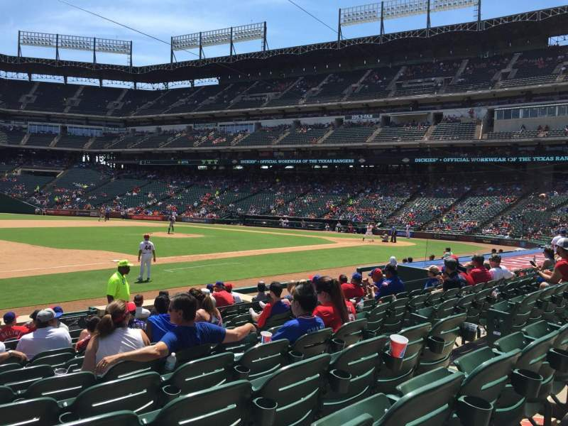 Seating view for Globe Life Park in Arlington Section 17 Row 10 Seat 3