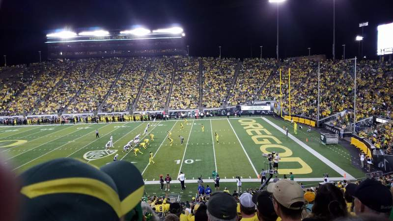 Seating view for Autzen Stadium Section 27 Row 36 Seat 21