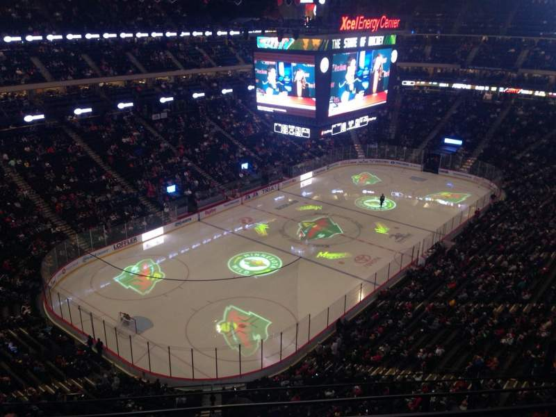 Seating view for Xcel Energy Center Section 208 Row 4 Seat 1