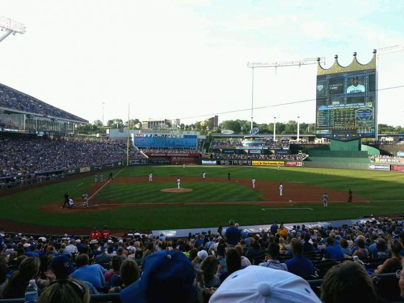 Seating view for Kauffman Stadium Section 232 Row CC Seat 6-7
