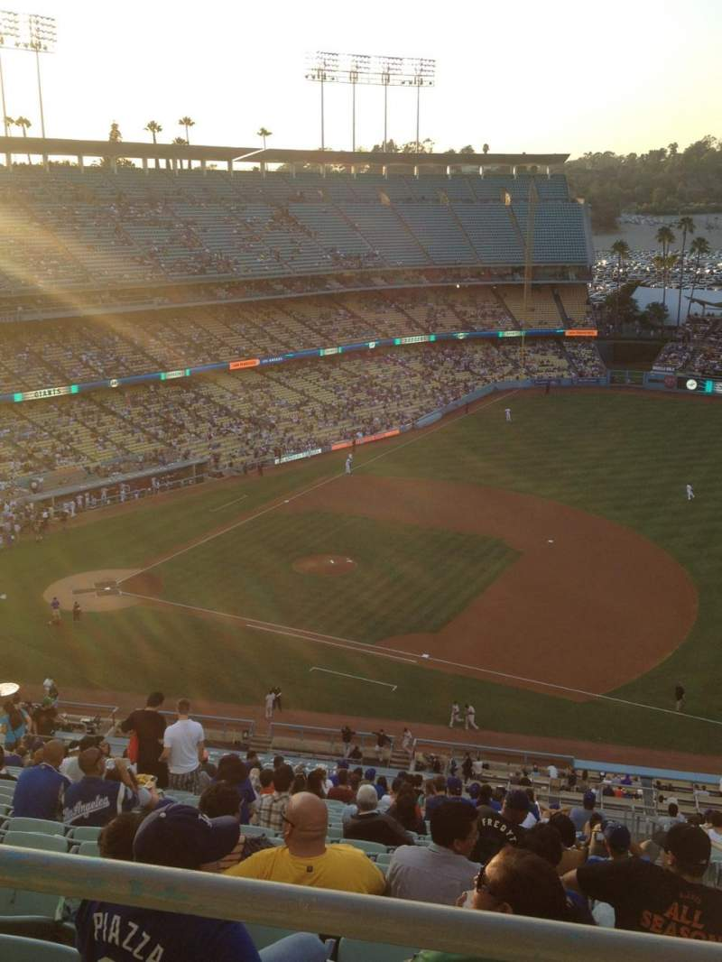 Seating view for Dodger Stadium Section 22RS Row BB Seat 9
