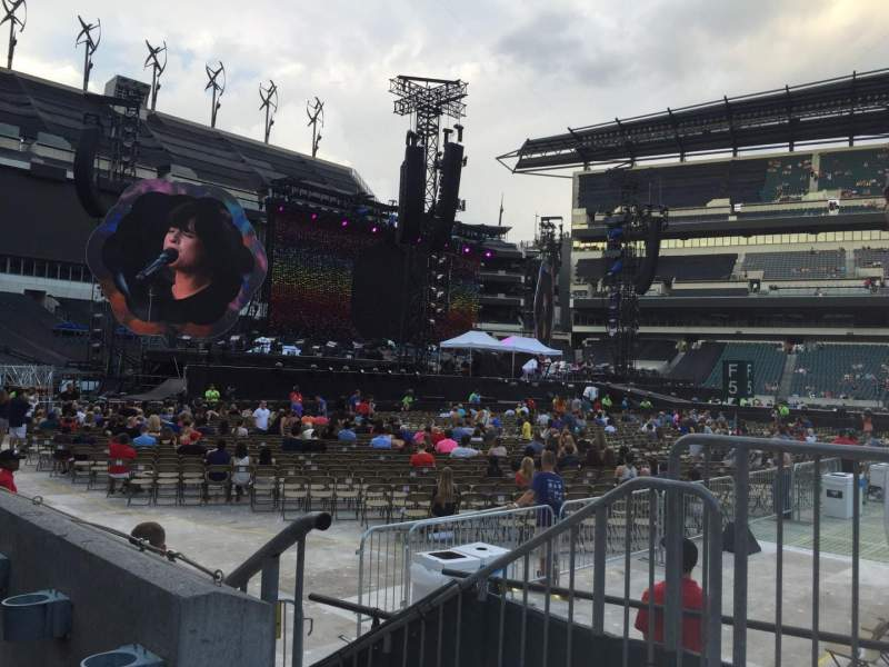 Seating view for Lincoln Financial Field Section 101 Row 1 Seat 24