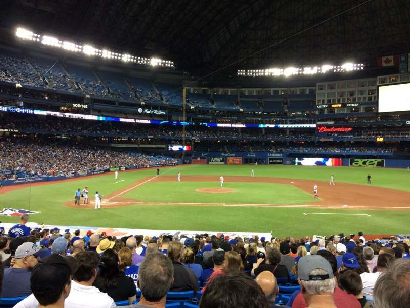 Rogers Centre, section: 117L, row: 29, seat: 109