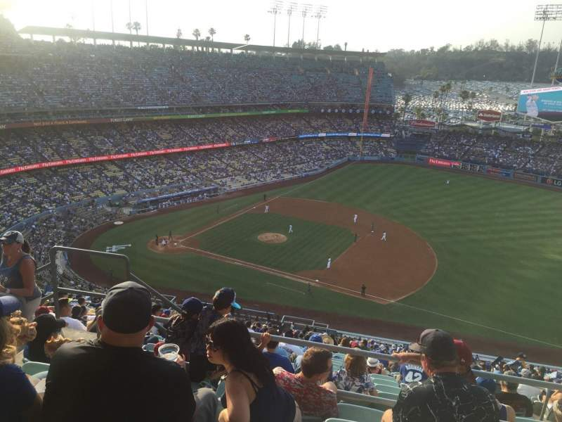 Seating view for Dodger Stadium Section 22RS Row EE Seat 4