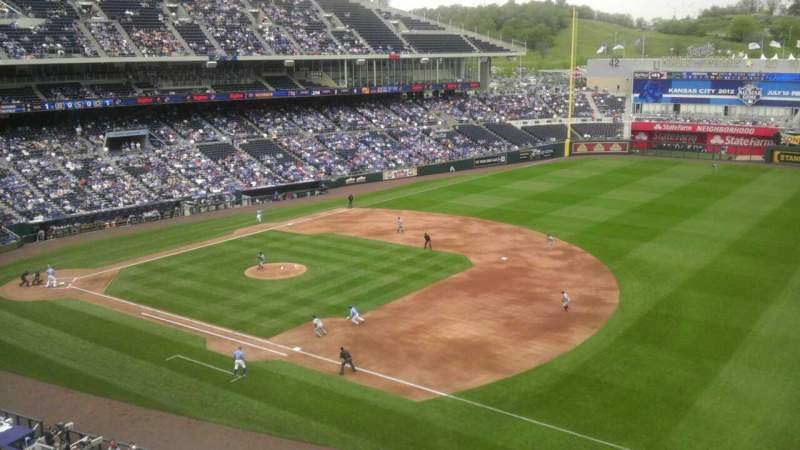 Seating view for Kauffman Stadium Section 434 Row A Seat 1