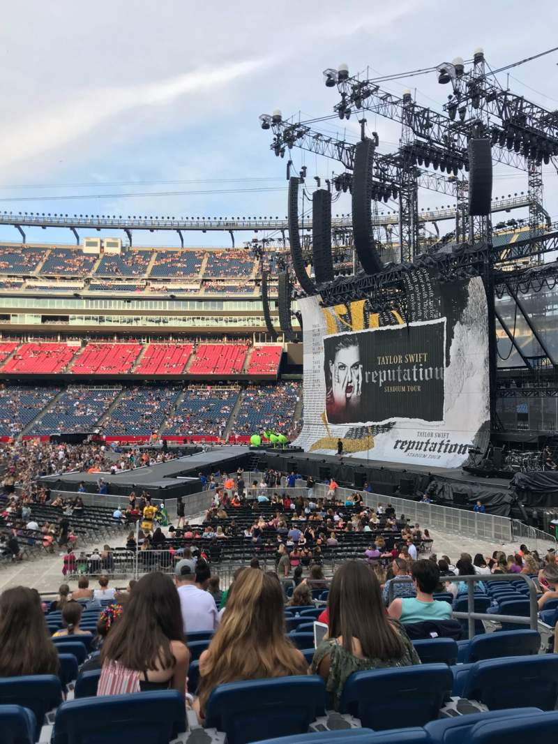 Gillette Stadium Section 129 Row 20 Seat 5 Taylor Swift Tour Reputation Stadium Tour Shared By Kchristopher17