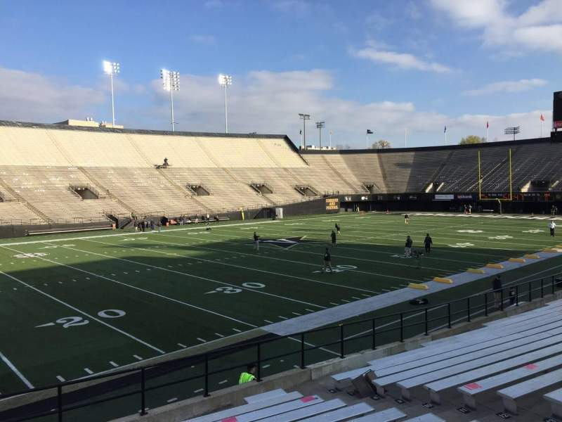 Seating view for Vanderbilt Stadium Section B Row 19 Seat 31