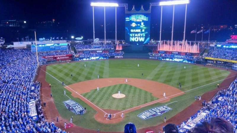 Seating view for Kauffman Stadium Section 421 Row R Seat 8