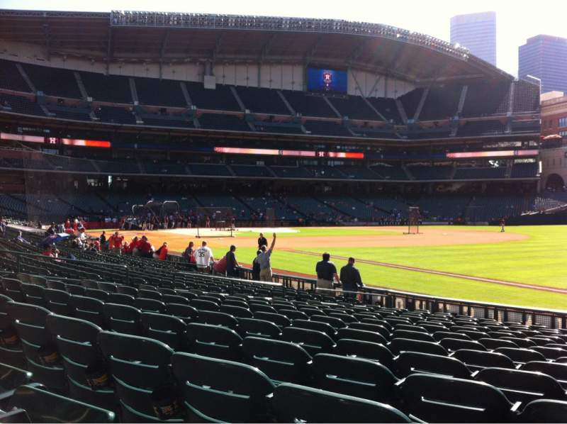 Seating view for Minute Maid Park Section 131 Row 15 Seat 17