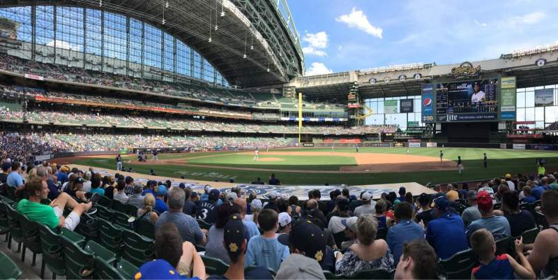 Seating view for Miller Park Section 113 Row 13 Seat 17