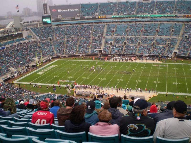 Seating view for EverBank Field Section 434 Row AA Seat 17