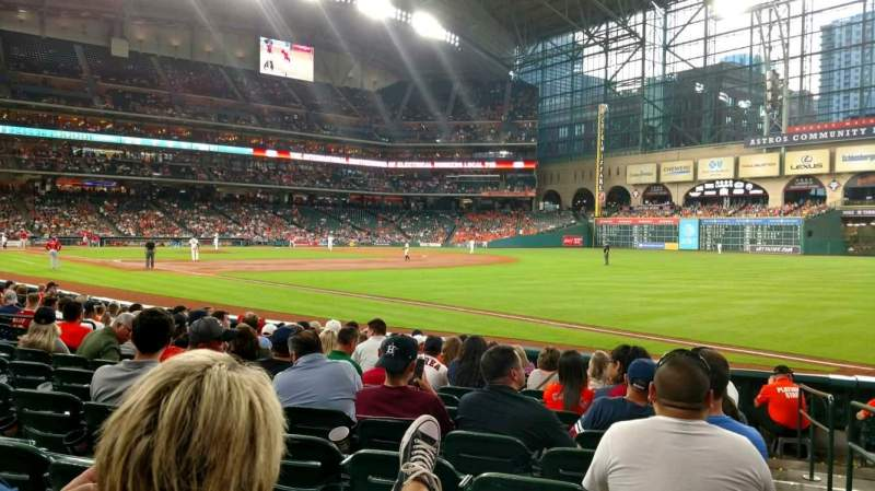 Seating view for Minute Maid Park Section 131 Row 12 Seat 16