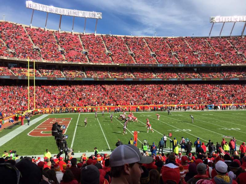 Seating view for Arrowhead Stadium Section 122 Row 22 Seat 18