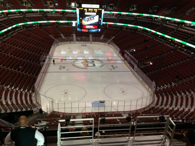 Seating view for Honda Center Section 423 Row H Seat 9