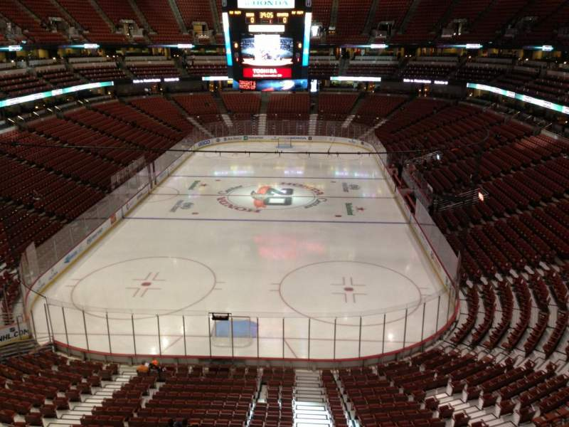 Seating view for Honda Center Section 422 Row B Seat 3
