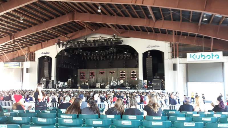 Seating view for Bank of New Hampshire Pavilion Section 2C Row 9 Seat 10