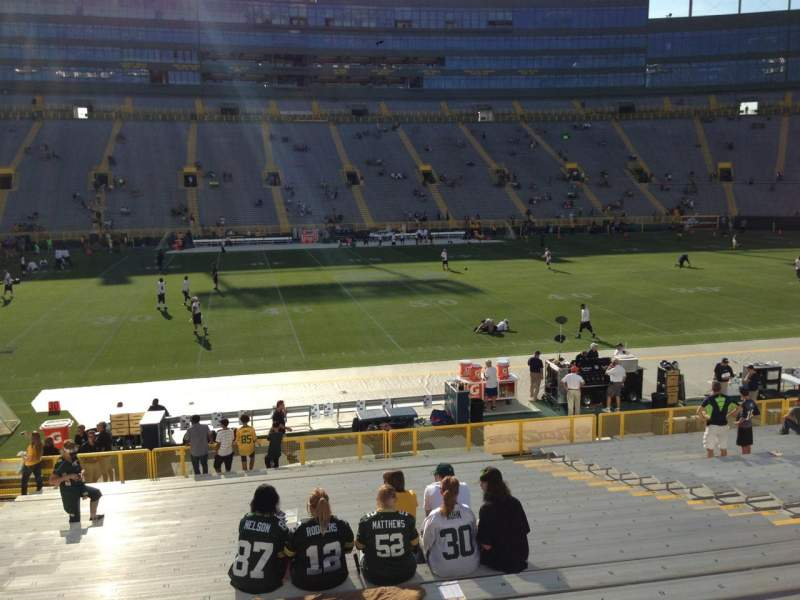 Seating view for Lambeau Field Section 121 Row 24 Seat 10