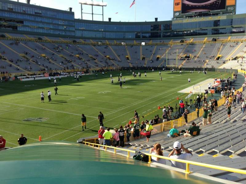 Seating view for Lambeau Field Section 131 Row 21 Seat 14