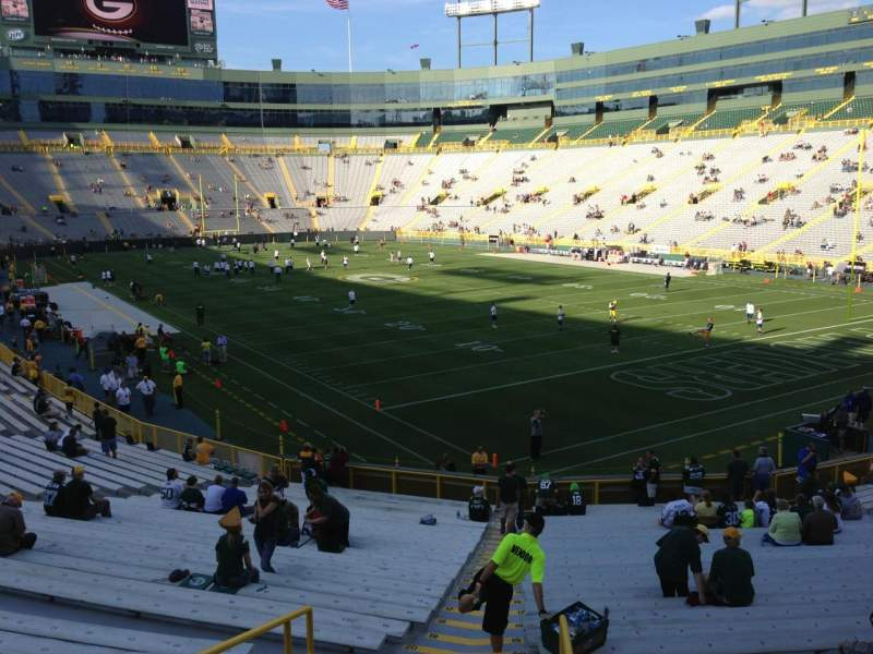 Seating view for Lambeau Field Section 132 Row 31 Seat 1