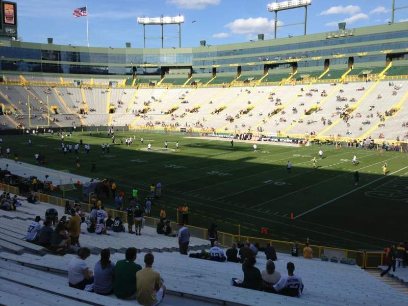 Seating view for Lambeau Field Section 130 Row 31 Seat 1