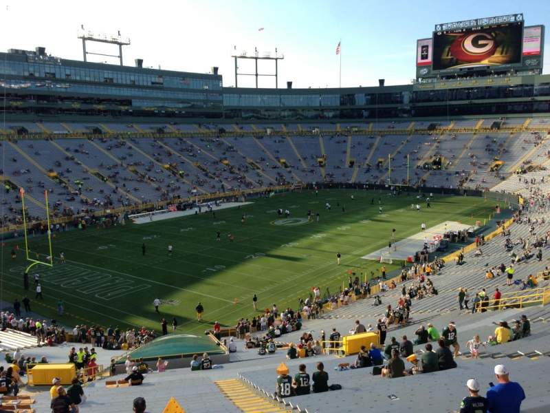 Seating view for Lambeau Field Section 433 Row 6 Seat 20