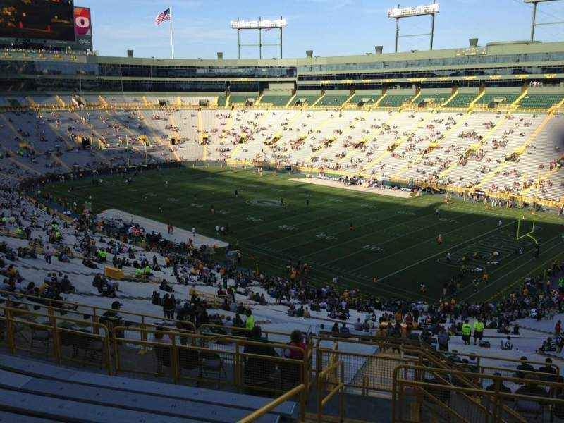 Seating view for Lambeau Field Section 340 Row 9 Seat 1