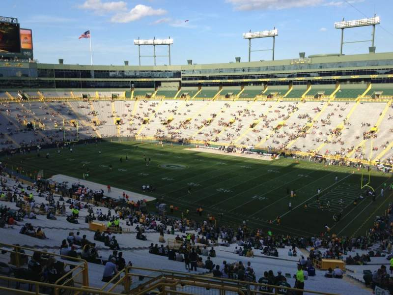 Seating view for Lambeau Field Section 338 Row 7 Seat 2