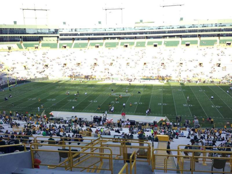 Seating view for Lambeau Field Section 330 Row 9 Seat 1