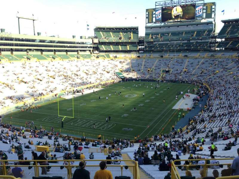 Seating view for Lambeau Field Section 306 Row 6 Seat 13